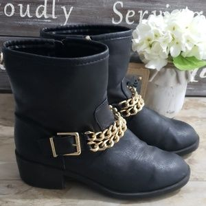 Sam & Libby Black Leather Moto Boots w/ Chain